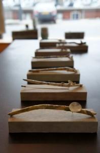expositie p@per, serie pinnen.